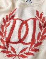 s1361-wreath-crop-top-jumper-detail-7